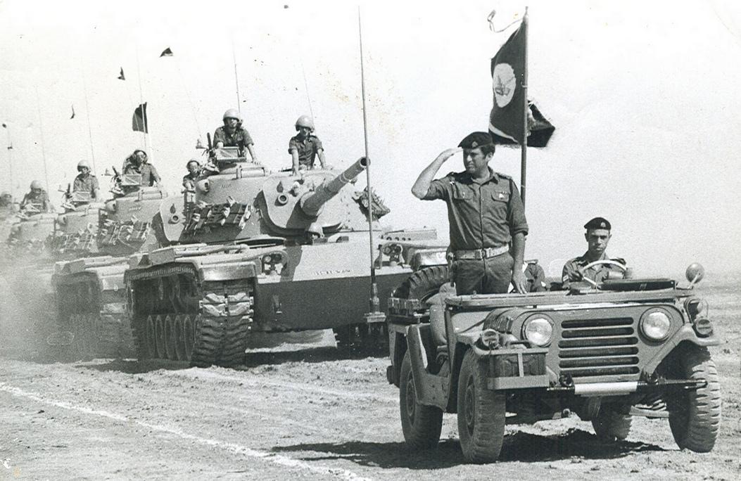 """טור טנקים בביסל""""ש"""