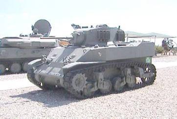 טנק סטיוארט M5 A1
