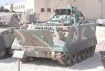 """נגמ""""ש M901 עם משגר טילי טאו"""