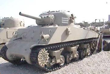 סיוע אש M4 A3 טנק שרמן