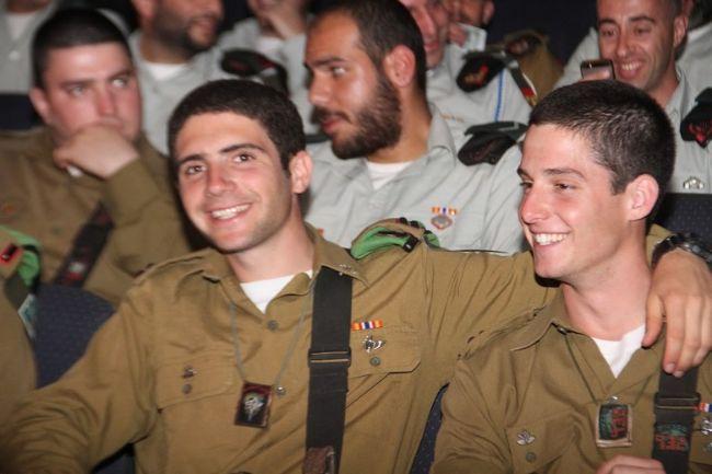 מפקדים צעירים בחטיבה