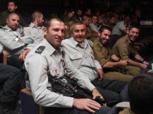 קצינים ונגדים מחטיבה 401 בכנס עשור למלחמת לבנון השנייה
