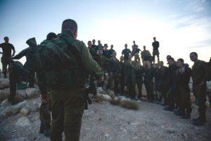 """מח""""ט 401 אל""""ם יאיר וולנסקי מדבר עם חייליו"""