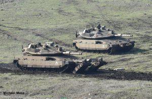 אלגנטיות-עוצמה-קטלניות-יכולות- צמד טנקים של גדוד 77 בתמרון ברמת הגולן במהלך התרגיל הגדודי שנערך השבוע.