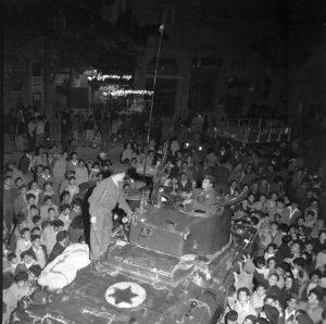 טנק שרמן מוצג לאזרחי ישראל