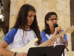 תלמידות בשיר ובצליל