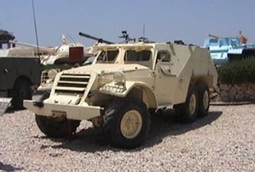 """נגמ""""ש BTR152"""