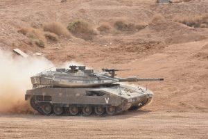 טנק מרכבה 4 בתצוגת אש