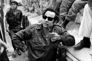 חיים גורי בתעלת סואץ. מארס 1971. צילום: אוסף דן הדני בספרייה הלאומית