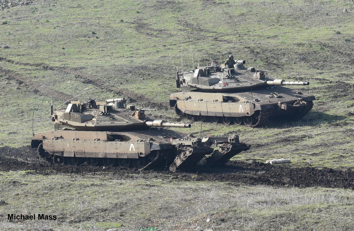 טנקים מרכבה 4מ של גדוד 77