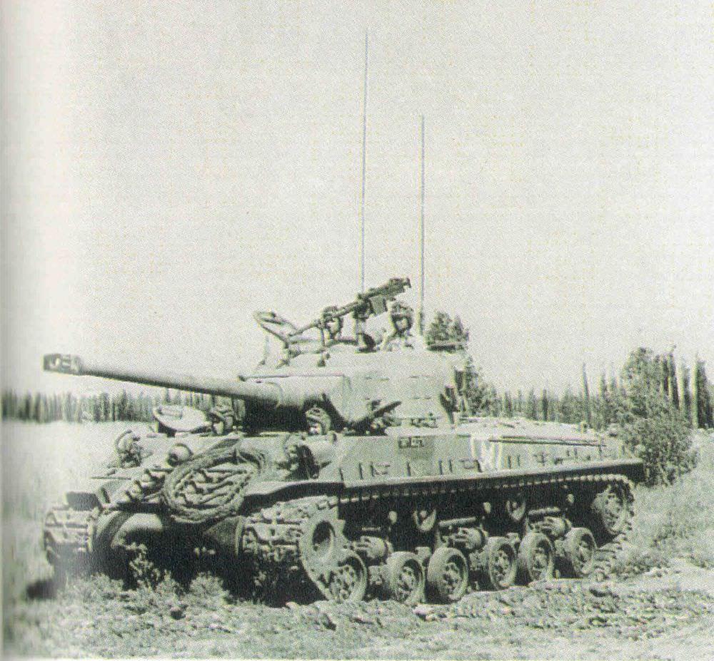 טנק שרמן נמוך