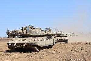 צמד טנקים מרכבה 4מ' של חטיבה 401 בפעילות