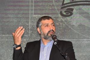 העיתונאי מר צבי יחזקאלי בהרצאתו