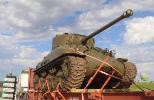 הטנק של איציק זיסמן שנדד בעולם מגיע למשכן הקבע שלו ביד לשריון ביום 16 בינואר 2020