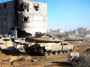 טנק מרכבה סימן 4 בתוככי הרצועה. צילום: חטיבה 460
