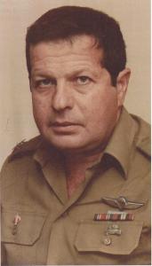 """עמוס כ""""ץ בתפקיד קצין השריון הראשי"""