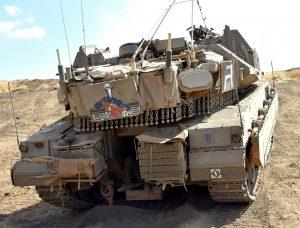 """מרכבה 4מ של פלוגה ג' מגדוד שלח בחטיבה 401 נושא את השם """"הבחורים ג"""""""