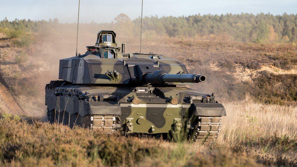 האם כך ייראה הטנק הבריטי המשופר? צילום אבטיפוס של טנק צ'אלאנג'ר 3. צילום: צבא בריטניה.